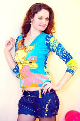 cheerful, open-hearted, loving and single girl living in  Odessa