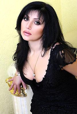 educated, dedicated and cute Rusian lady living in  Nikolaev