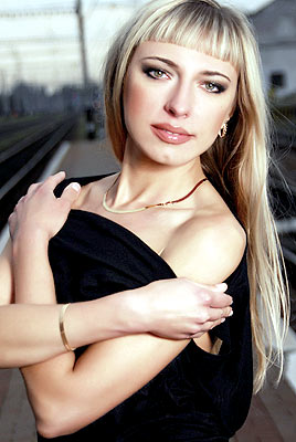 educated, dedicated and chic Rusian lady from  Poltava