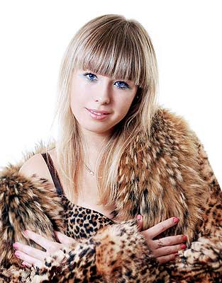 kind and sexual Rusian woman living in  Lugansk