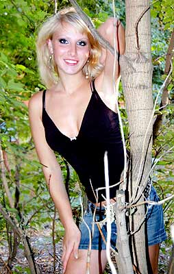 intelligent, goal-seeking and hot Ukrainian lady living in  Kherson