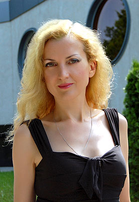 solid, reliable, young and pretty girl from  Zaporozhye