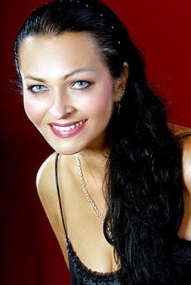 smart, dedicated and classy Ukrainian woman living in  Poltava