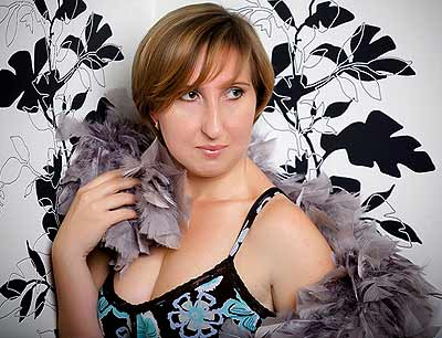 elegant, dreamy and chic Rusian girl from  St. Petersburg