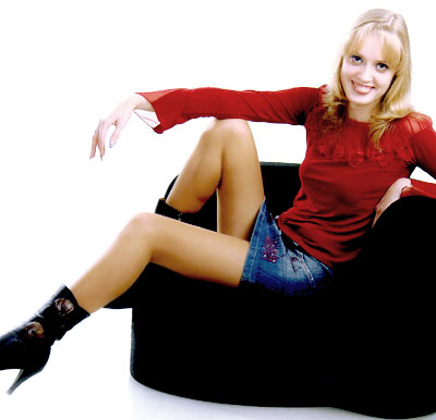 creative and single Rusian lady living in  Kharkov