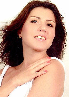 well-educated, committed and Ukrainian lady living in  Chisinau