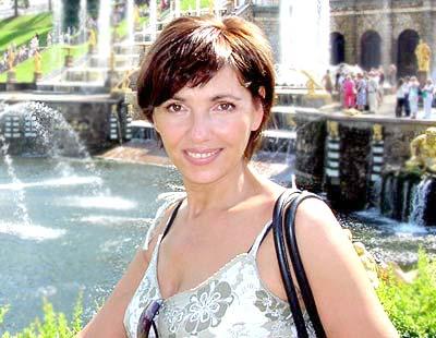 educated, goal-seeking and sensual russian girl living in  St. Petersburg