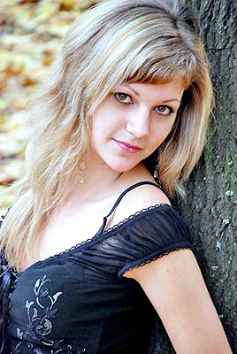 mature, attentive and beautiful Rusian woman from  Mariupol