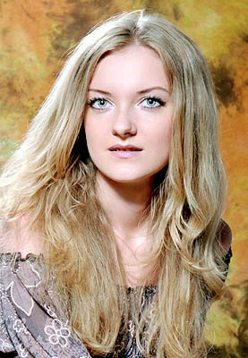 well-educated, single-minded and sensual woman from  Dneprodzerzhinsk
