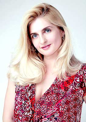 educated, purposeful and beautiful Rusian lady from  Zaporozhye