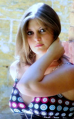 smiling and sexual russian girl living in  Odessa