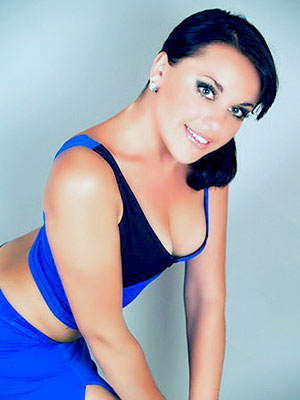 sociable, well-bred and single girl from  Poltava