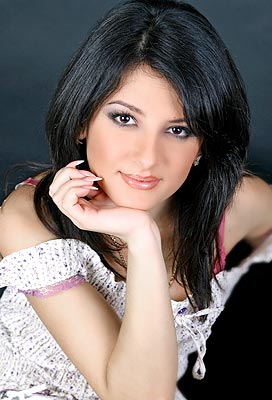 charming, open-hearted and affectionate Ukrainian woman from  Poltava