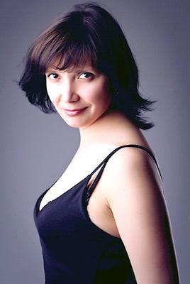 intelligent, goal-seeking and sensual woman from  Nikolaev