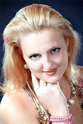 smart, single-minded and pretty woman living in  Kharkov