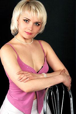 smart, single-minded and hot girl living in  Melitopol