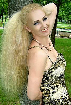 charming and classy russian lady living in  Nikolaev