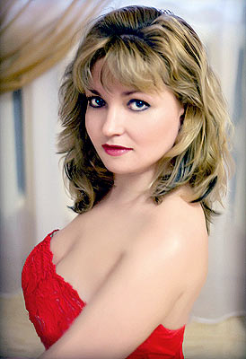 educated, dedicated and classy woman from  Kherson